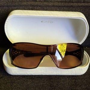 Oakley Dart 05-662 Ladies Sunglasses-NWOT